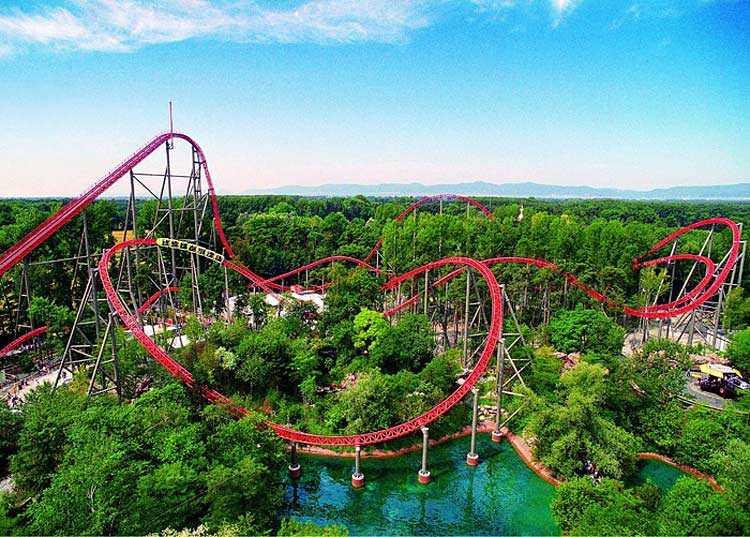 Youth Center Amusement Park Trip